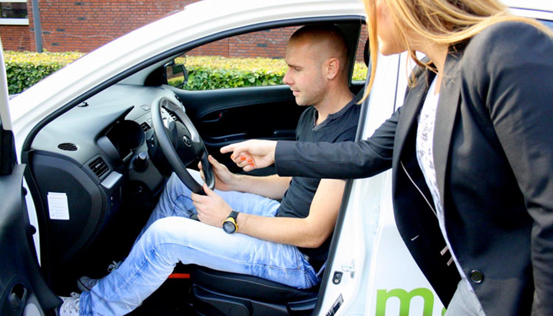 Ga je binnenkort starten met rijles? Haal veel makkelijker je rijbewijs!